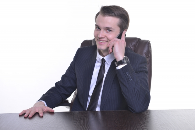 法人携帯の導入で業務効率・社員満足度UP